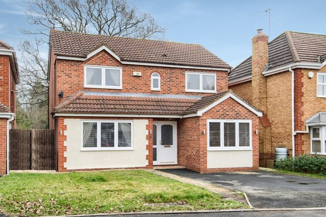 4 bed detached house for sale in Johns Close, Studley B80