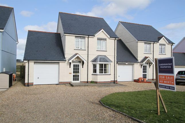 Thumbnail Link-detached house for sale in Bowls Road, Blaenporth, Cardigan