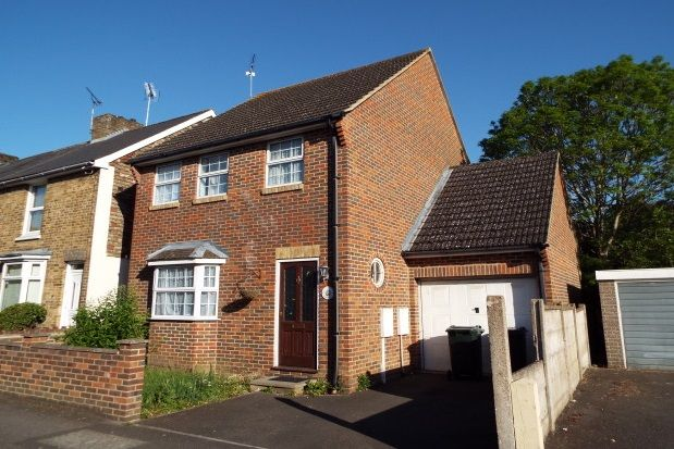 Thumbnail Detached house to rent in Tufton Road, Ashford