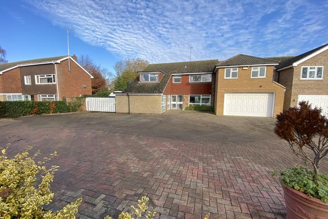 Thumbnail Detached house for sale in Wendover Road, Buckinghamshire