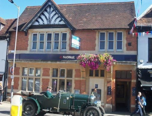 Thumbnail Office for sale in 7 High Street, Marlow, Bucks