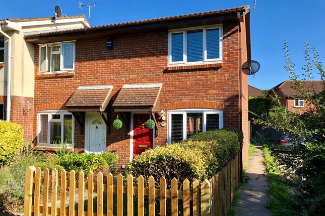 Thumbnail End terrace house to rent in Walker Gardens, Hedge End, Southampton