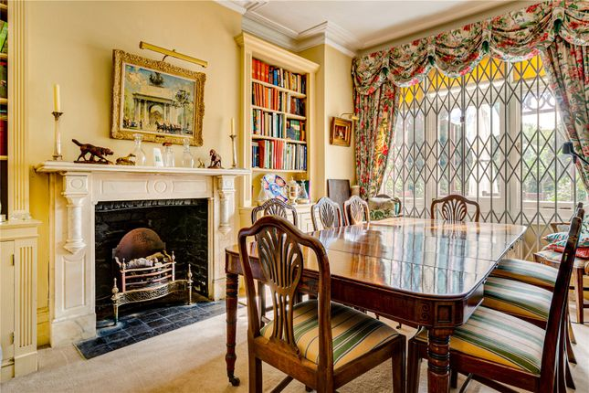 Dining Room of The Crescent, London SW13