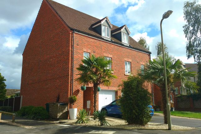 Thumbnail Terraced house to rent in The Grove, Shifnal