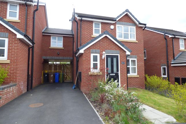 Thumbnail Detached house to rent in Rowan Crescent, Hyde