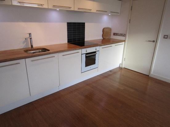 Thumbnail Flat to rent in 604 Beeston Road, Leeds
