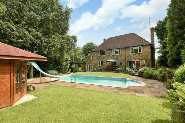 Thumbnail Detached house for sale in Greenhills Close, Rickmansworth