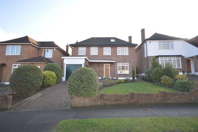 Thumbnail Detached house for sale in Stratton Avenue, Wallington