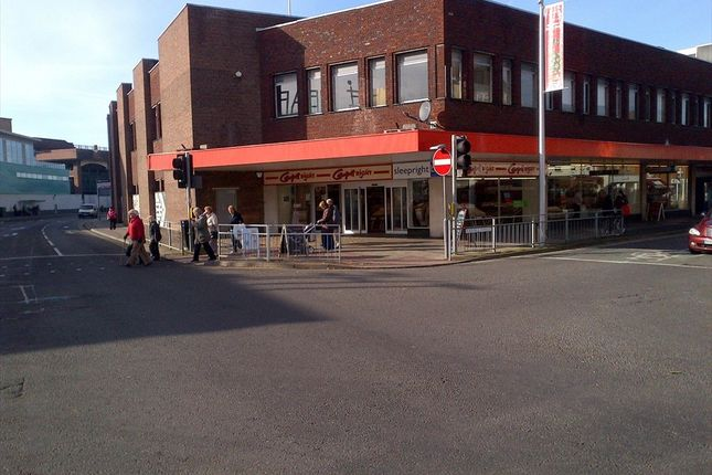 Thumbnail Commercial property to let in Hepworth Way, Walton-On-Thames