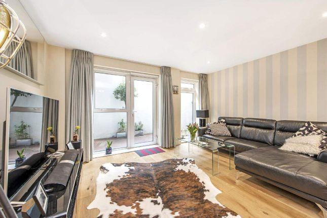 Flat for sale in Seward Street, London