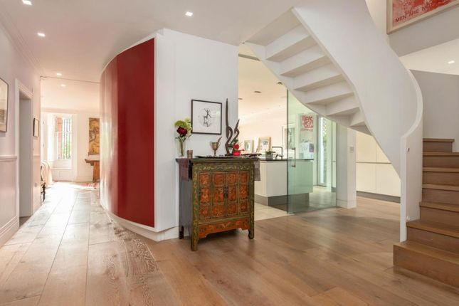 Picture No.09 of Lyndhurst Terrace, Hampstead Village, London NW3