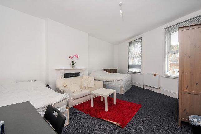 Thumbnail Maisonette to rent in Lyndhurst Grove, Peckham Rye