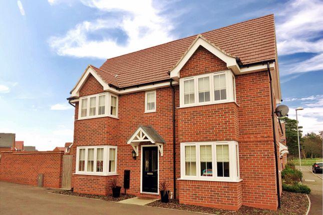 Detached house in  Crosbie Grove  Kidderminster D Birmingham