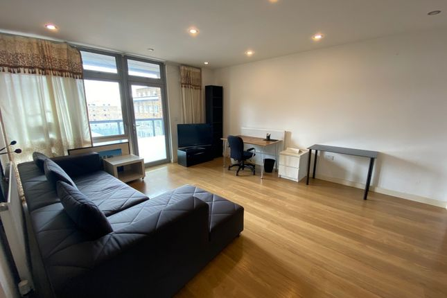 Thumbnail Flat for sale in Caspian Apartments, Limehouse, London