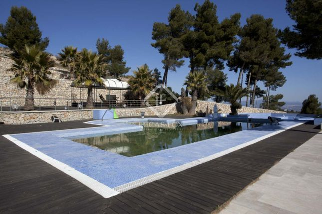 Thumbnail Equestrian property for sale in Spain, Barcelona Inland, Lfs2989