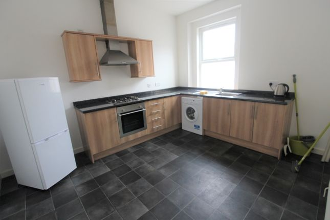Thumbnail Flat to rent in Chepstow Road, Maindee, Newport
