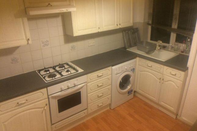 Thumbnail Flat to rent in Whinbrook Court, King Lane, Moortown