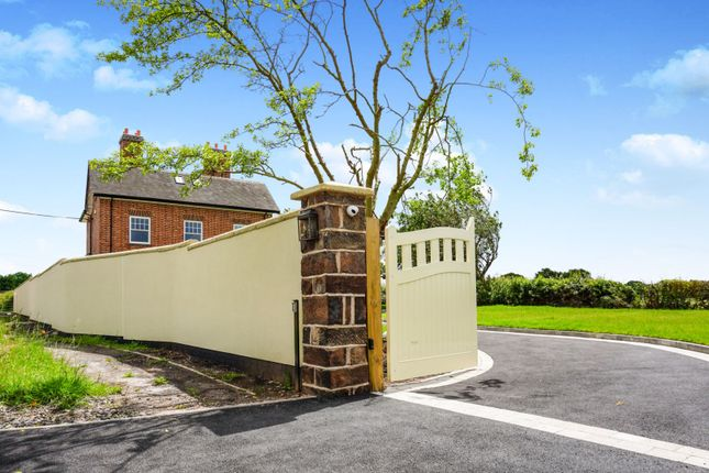 Gated Entrance of Brinsford Lane, Wolverhampton WV10