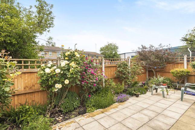 Garden of Colnbrook, Slough SL3