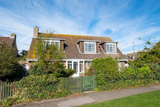 Thumbnail Detached house for sale in Chyngton Way, Seaford