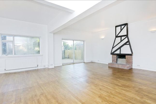 Thumbnail Flat to rent in Westcombe Park Road, Greenwich, London