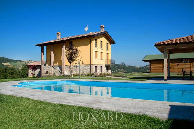 Thumbnail Villa for sale in Morfasso, Piacenza, Emilia Romagna