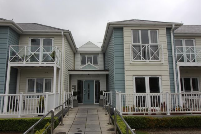 Thumbnail Flat for sale in Long Road, Canvey Island