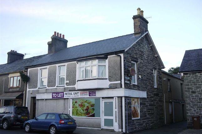 Thumbnail Flat to rent in Flat Derfel, Penrhyndeudraeth, Gwynedd