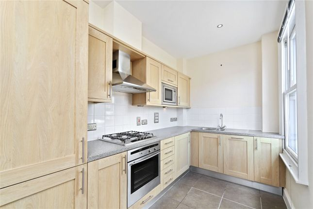 Thumbnail Flat to rent in Balham Grove, London