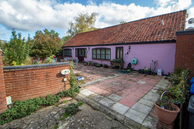 Thumbnail Detached bungalow for sale in Shipmeadow, Beccles, Suffolk