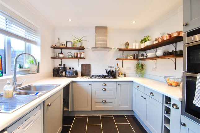 Thumbnail Terraced house to rent in Boxted Road, Hemel Hempstead