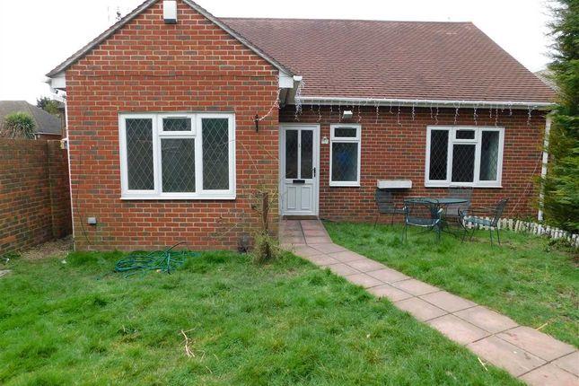 Thumbnail Bungalow to rent in Barn End Lane, Wilmington, Dartford