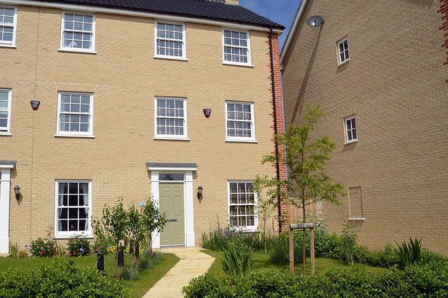 Thumbnail Town house for sale in Sprowston, Norwich, Norfolk
