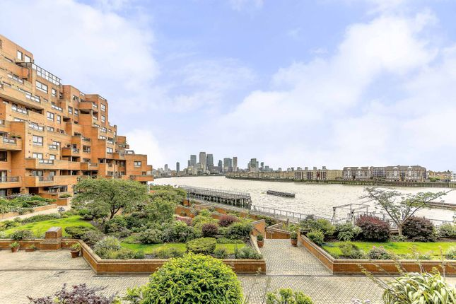 Thumbnail Flat for sale in Free Trade Wharf, Wapping