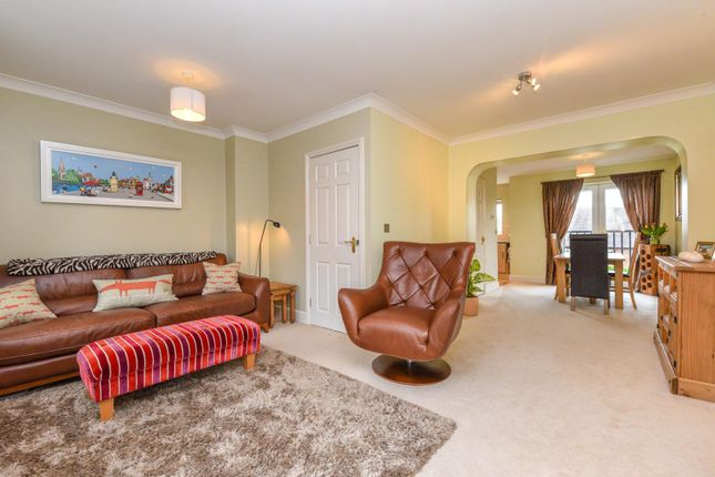 Thumbnail Town house for sale in Packhorse Road, Stratford-Upon-Avon