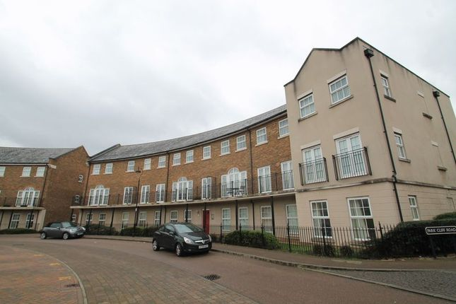 Thumbnail Flat to rent in Palladian Circus, Ingress Park, Greenhithe