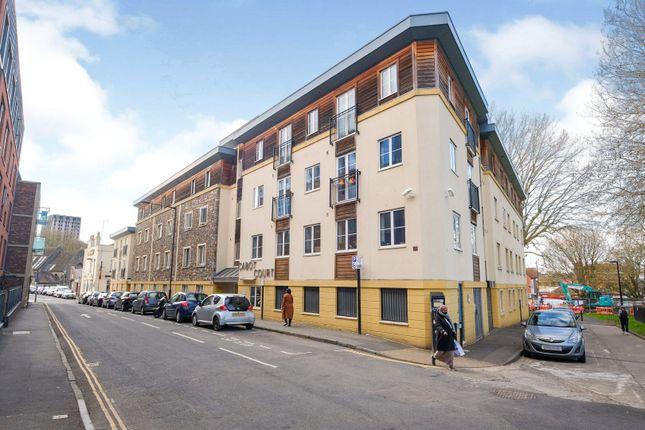 Studio for sale in Cabot Court, Bristol BS2