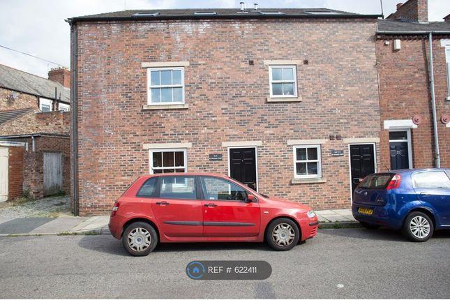 Thumbnail Flat to rent in Trafalgar Street, York