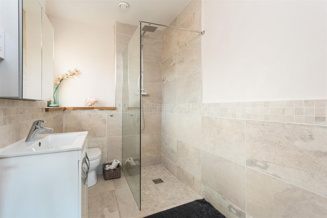 Shower Room of Bootham, York YO30