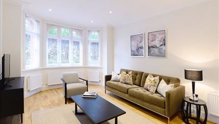Thumbnail Flat to rent in Hamlet Gardens, Hammersmith