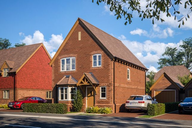 Thumbnail Detached house for sale in Sheerlands Road, Arborfield