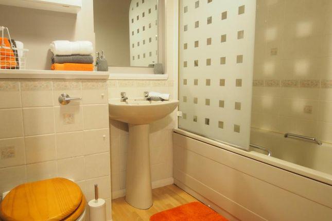 Bathroom of Glendale Mews, First Floor AB11