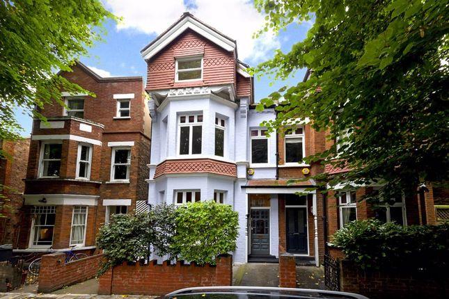 Thorney Hedge Road, London W4