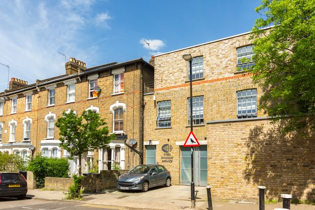 Thumbnail Office to let in 30 Oxford Road, Islington