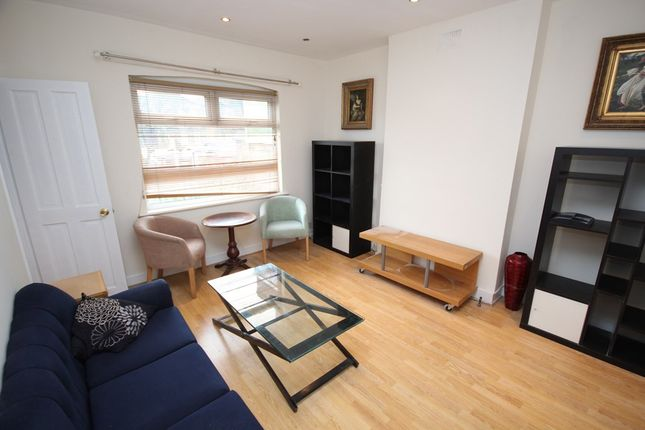 Thumbnail Flat to rent in Forest Road, London