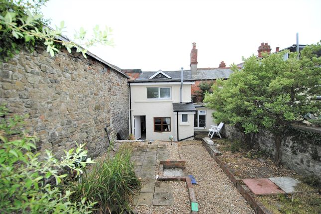 Thumbnail Terraced house for sale in 3x Flats, King Street, South Molton