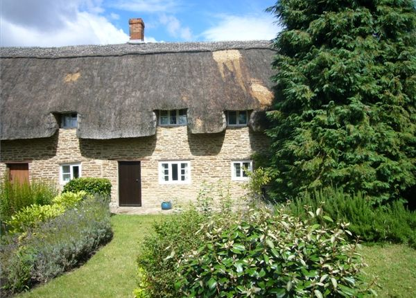 Thumbnail Semi-detached house to rent in Church Road, Hinton Waldrist, Faringdon