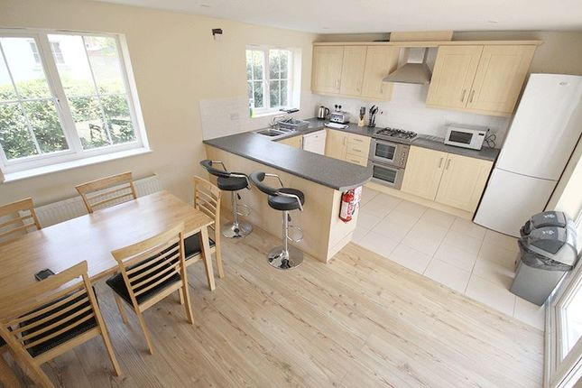 Thumbnail Semi-detached house to rent in Bobbin Road, Norwich