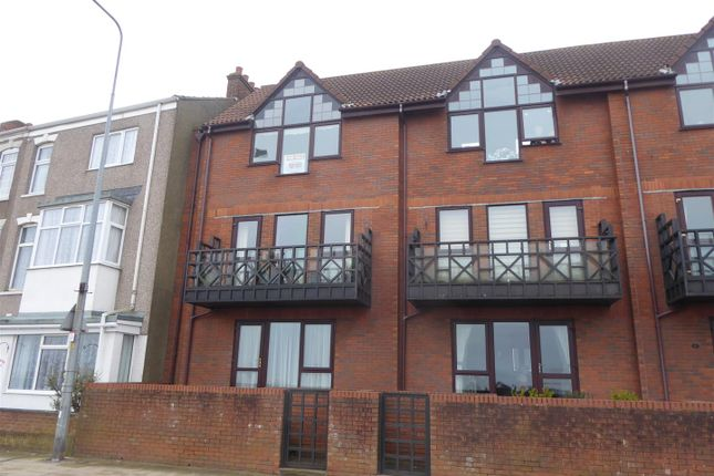 Thumbnail Flat for sale in 18 Kingsway Court, Cleethorpes, N.E. Lincs
