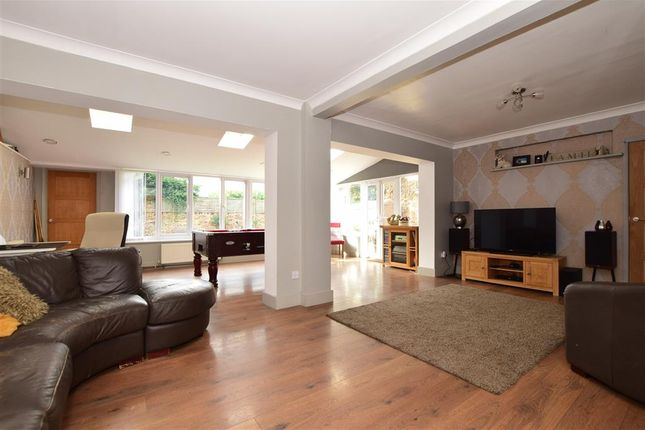 Thumbnail Detached house for sale in Victoria Hill Road, Swanley, Kent